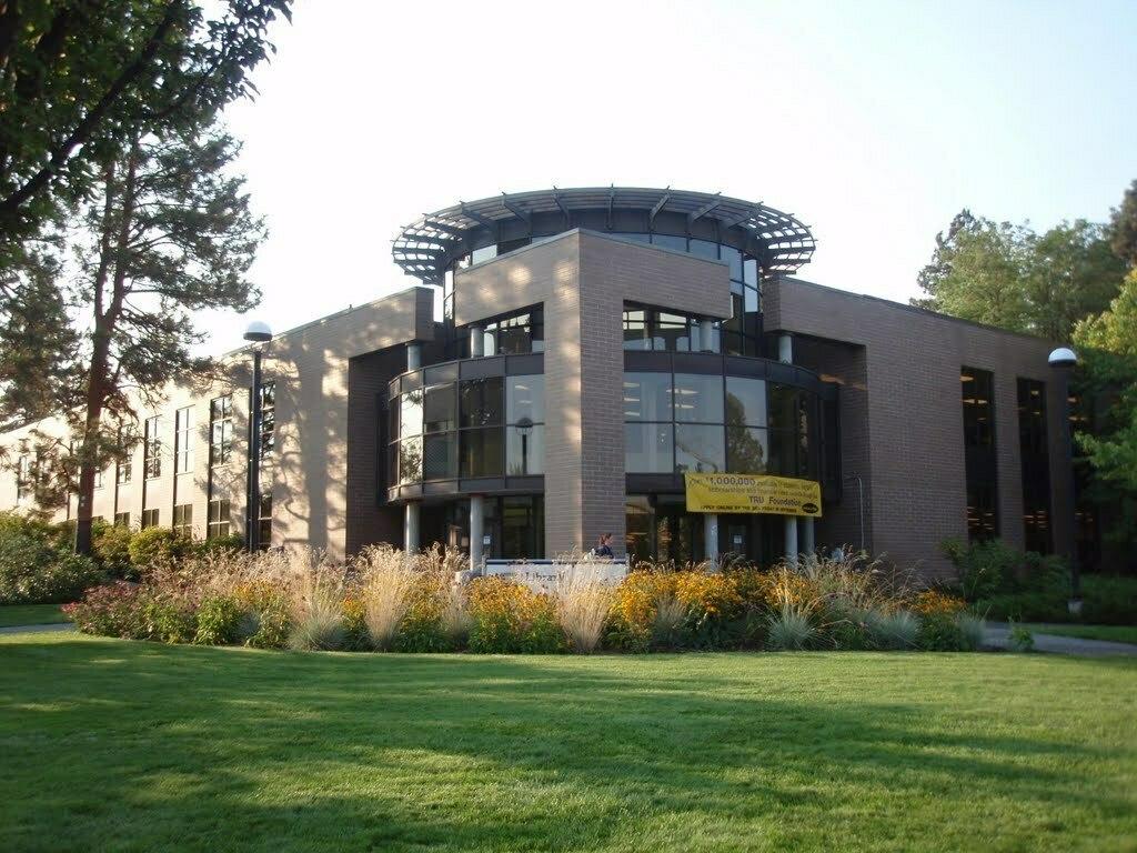 Thompson-Rivers-University-Building-July2020